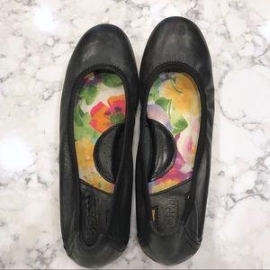 Born Black Leather Ballet Flat Size 6 (36.5)